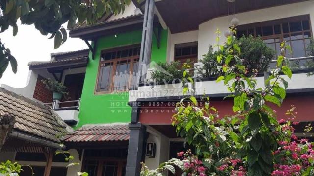 RUMAH ASRI LINGKUNGAN TENANG DAERAH FAMILIAR DI ANTAPANI BANDUNG, Antapani, Bandung