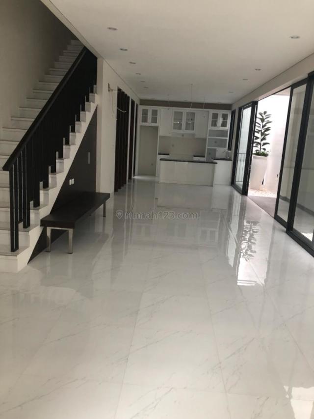 Rumah Pondok Indah Sangat Elegan Butuh Cepat Laku, Pondok Indah, Jakarta Selatan