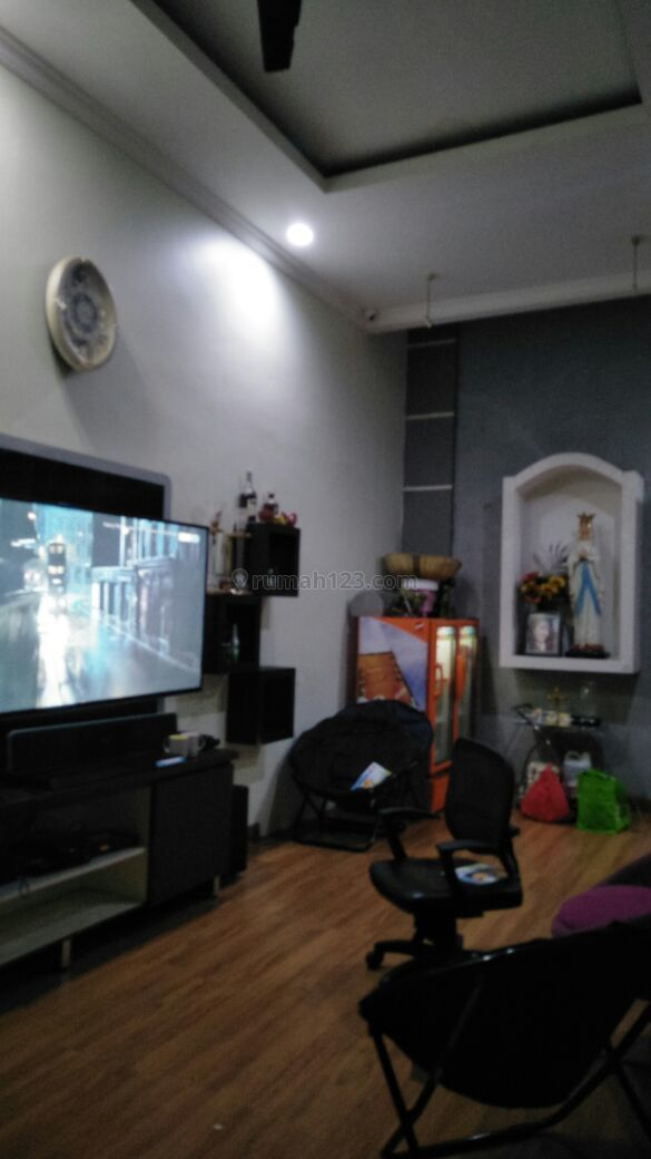rumah 3 lantai sudah renovasi di sunter bisma jakarta utara, Sunter, Jakarta Utara