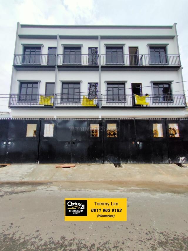Rumah Minimalis 3 Lantai. Brand New. Lokasi strategis. NEGO, Cengkareng, Jakarta Barat
