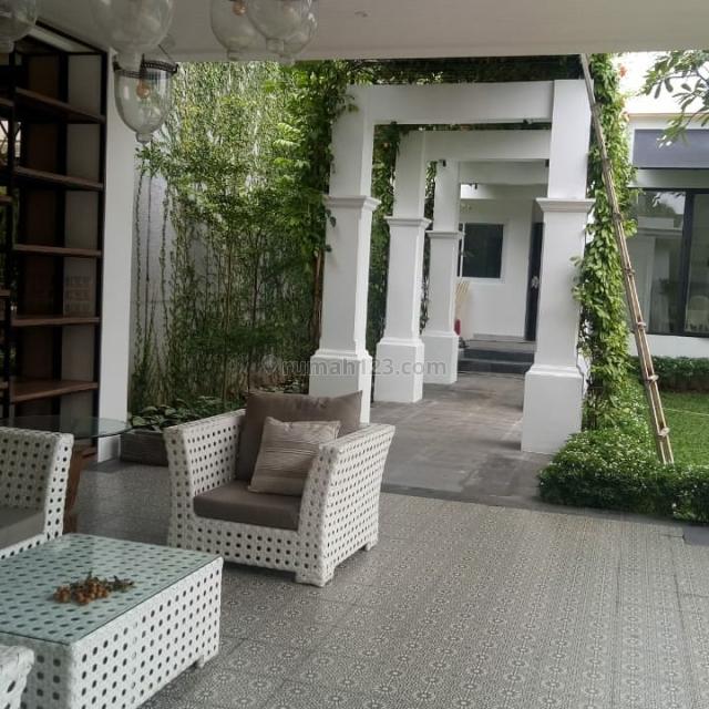 Rumah baru minimalis Kemang, 2 lantai, Kemang, Jakarta Selatan