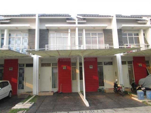 TERMURAH!!! Rumah Bagus Cluster West Coast Green Lake City Bebas Banjir, Green Lake City, Jakarta Barat