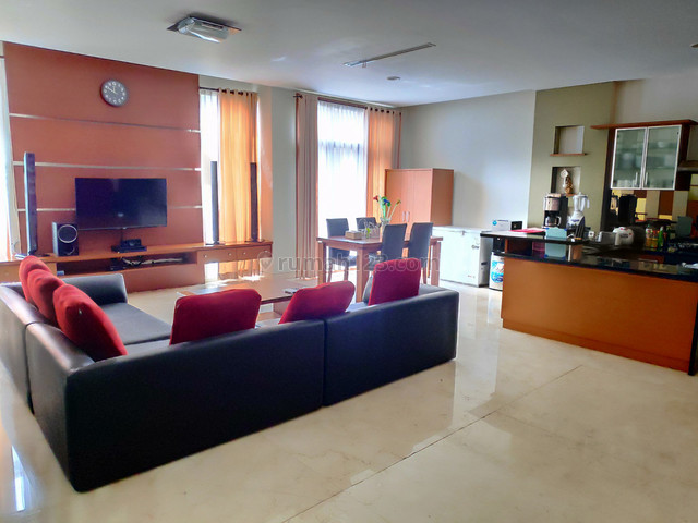DIJUAL CEPAT DIBAWAH HARGA PASAR Rumah Lux Full Furnished Siap Huni Di Salah Satu Townhouse Elite Di Kota Bandung Utara @ De Bale Pakuan Ciumbuleuit, Ciumbuleuit, Bandung