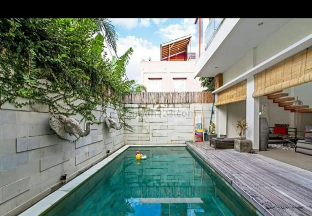 Villa second super murah siap Huni Di semer -kerobokan Badung Bali, Kerobokan Kelod, Badung