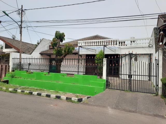 runah besar, nyaman dan aman dan siap pakai, Kemanggisan, Jakarta Barat