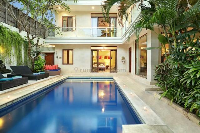Villa Minimalis super murah siap Huni Di sentral seminyak Badung Bali, Seminyak, Badung