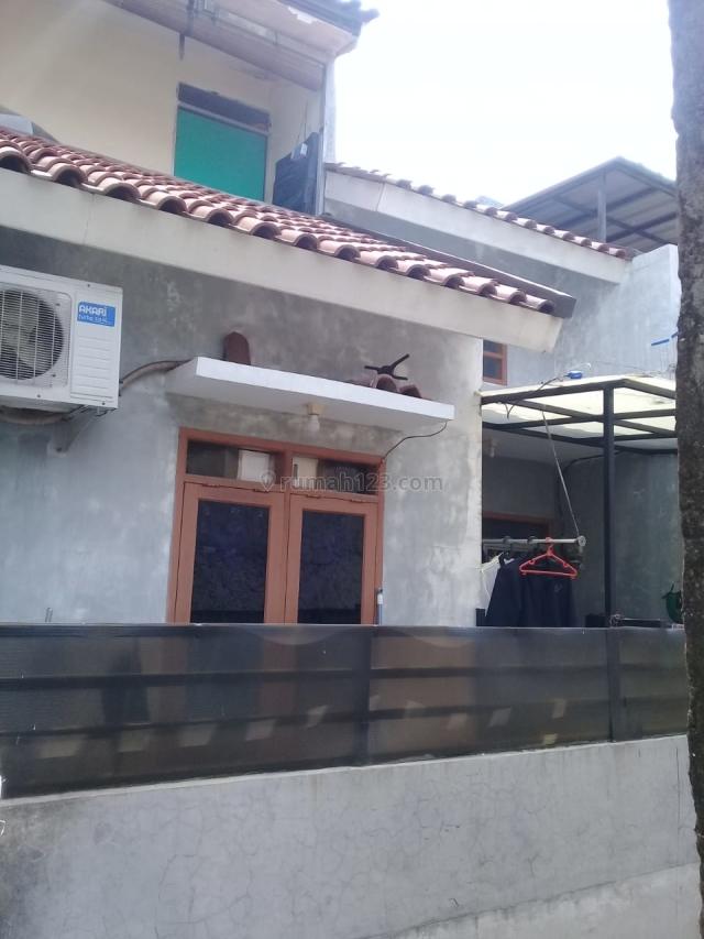 Rumah Minimalis 2 Lantai Akses Motor Harga Ekonomis, Jagakarsa, Jakarta Selatan