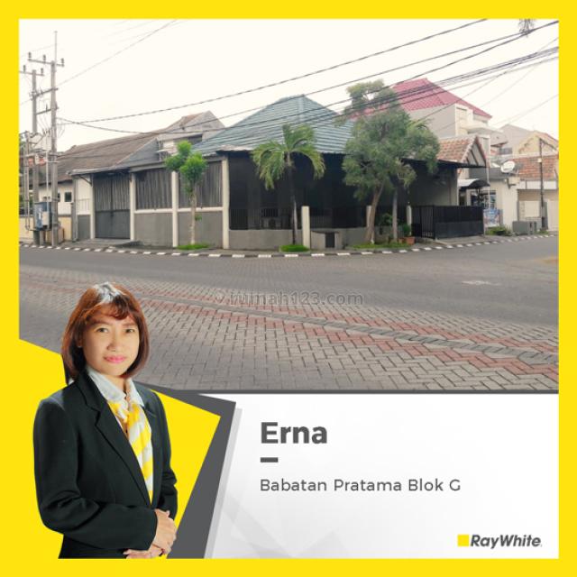 Rumah Hook, luas dan Bagus di Babatan Pratama, Wiyung, Babatan, Surabaya