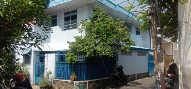 RUMAH PADEMANGAN UKU 8.5X14 LOKASI STRATEGIS 2.5 LANTAI JLN 1 MOBIL HARGA BAGUS JARANG ADA., Pademangan, Jakarta Utara