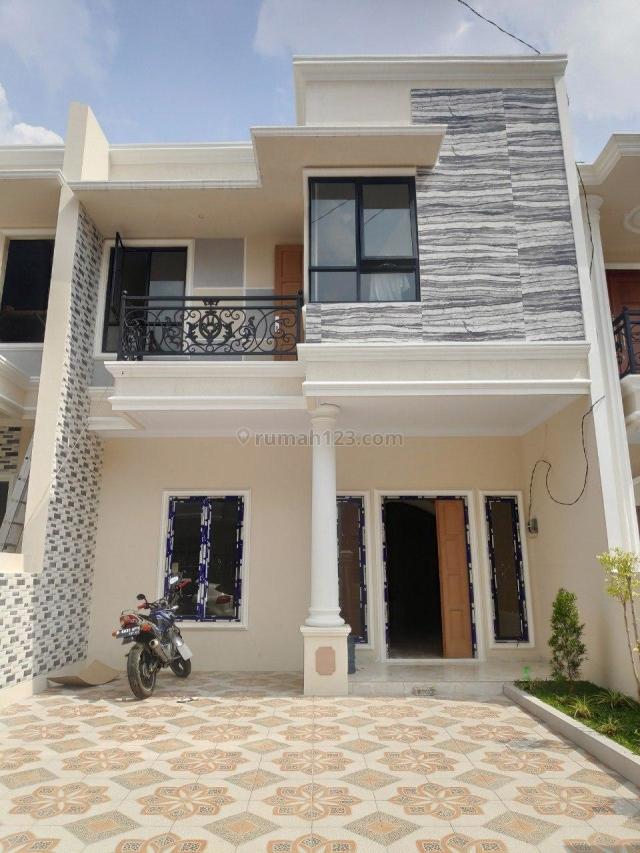 Rumah READY STOCK Selangkah ke Pintu TOL Brigif Cipedak Jagakarsa, Jagakarsa, Jakarta Selatan