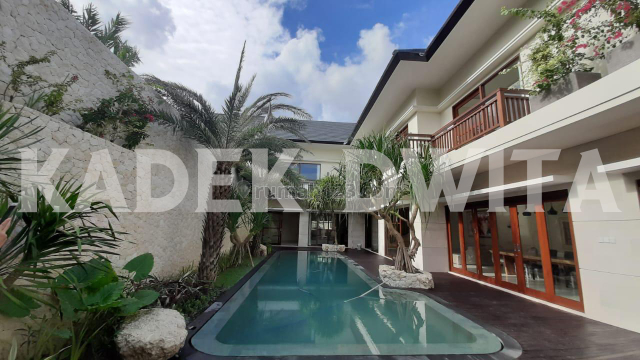 Luxury villa tegal cupek kerobokan dekat umalas bumbak semer, Kerobokan, Badung