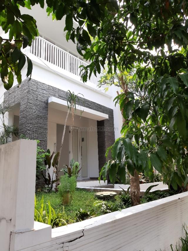 Rumah mewah semi furnished di Kebayoran Residence Bintaro, Tangerang, Bintaro, Tangerang