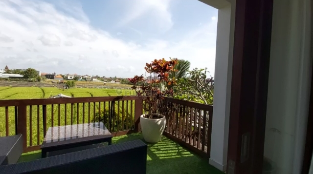 Freehold 3 Bedroom Beautiful Villa Close to Berawa Beach Canggu, Canggu, Badung