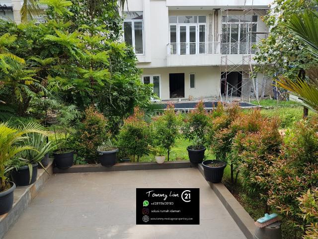 Rumah Pantai Indah Kapuk. Lantai Marmer. Lokasi Terbaik. Siap Huni. Harga Nego, Pantai Indah Kapuk, Jakarta Utara