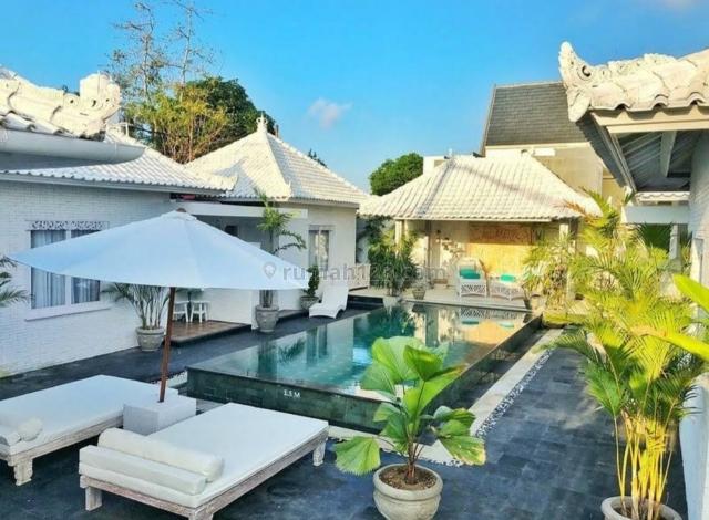 Charming White Villa with a modern quality building style at Pecatu Uluwatu, Pecatu, Badung