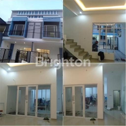 Rumah brand new gading bangun cipta sarana maramba, Kelapa Gading, Jakarta Utara