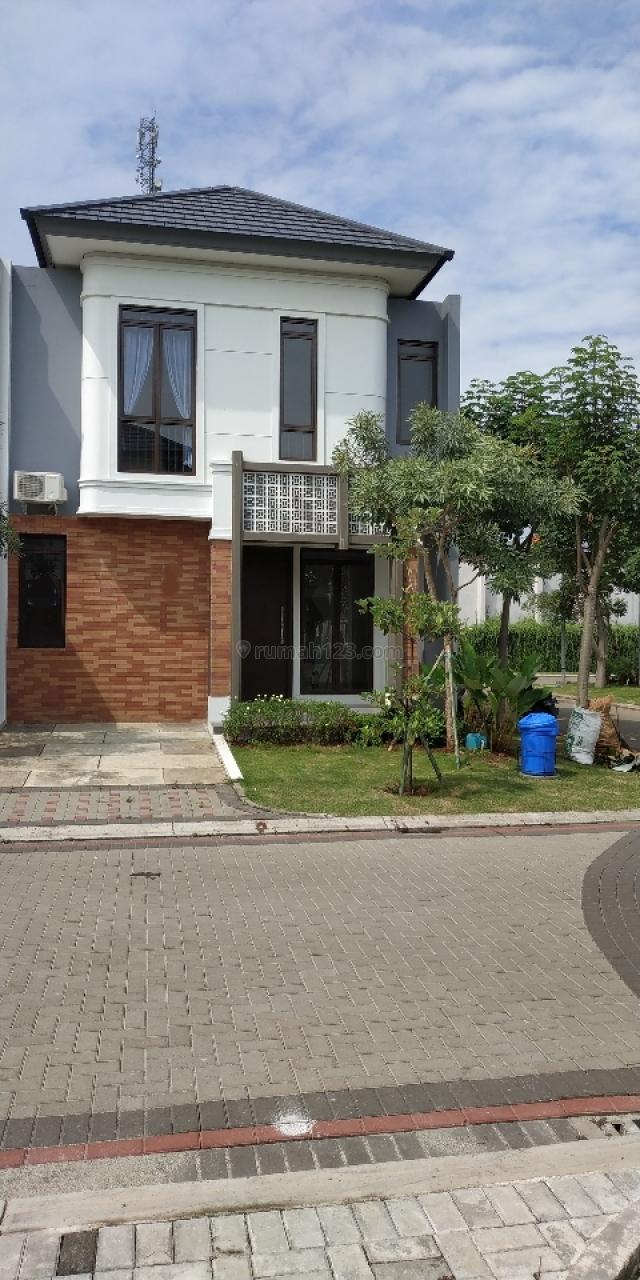 Rumah cantik baru di Hook di Mozia BSD, BSD Eminent, Tangerang