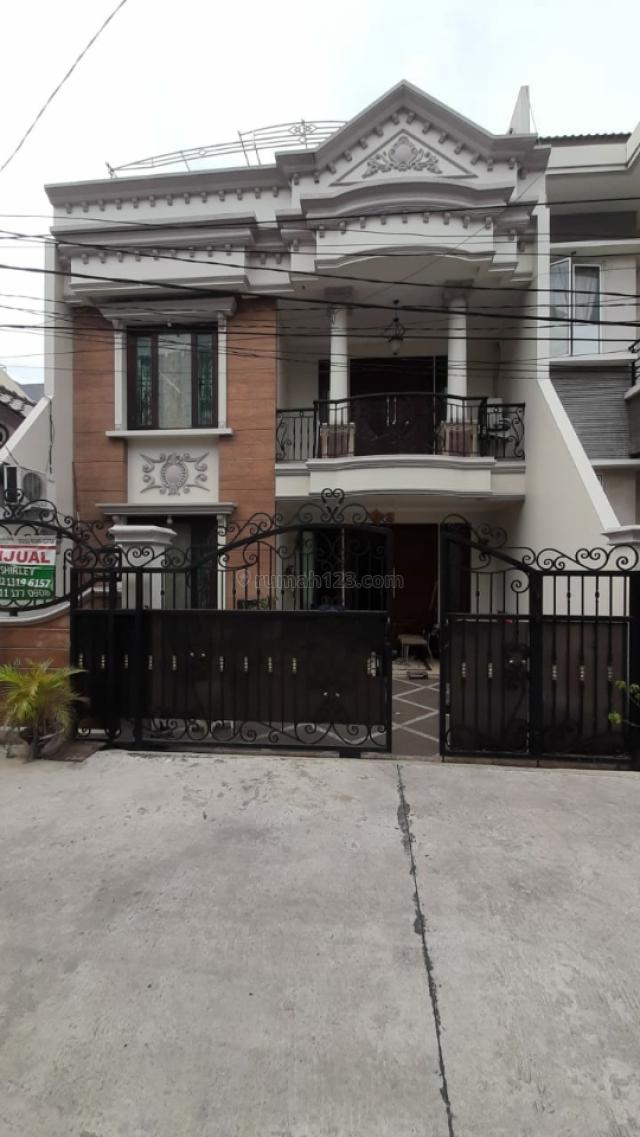 Rumah Cantik di Kelapa Gading, Kelapa Gading, Jakarta Utara