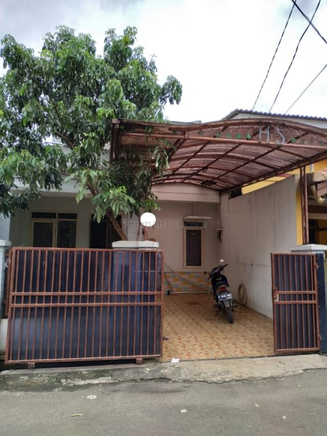 rumah 3lantai siap huni semi furnit paradise serpong tangerang selatan, Serpong, Tangerang