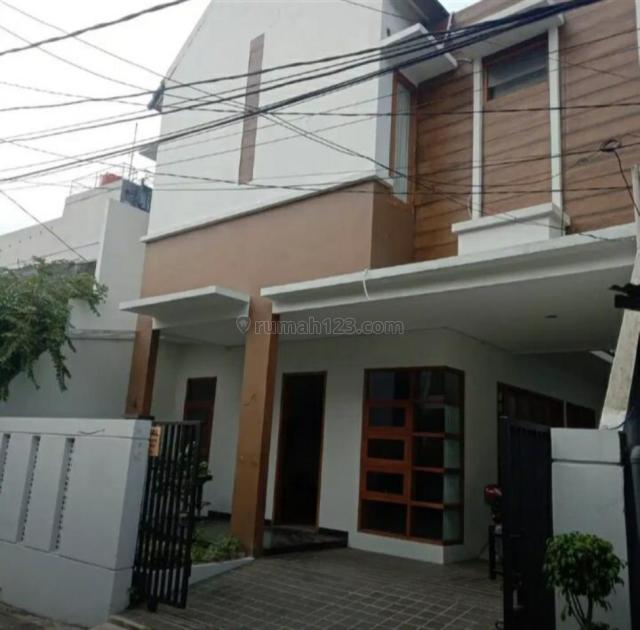 rumah minimalis (brand new) di banjarsari cilandak, Cilandak, Jakarta Selatan