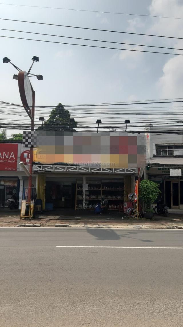 Rumah usaha pinggir jalan di veteran, Bintaro, Jakarta Selatan