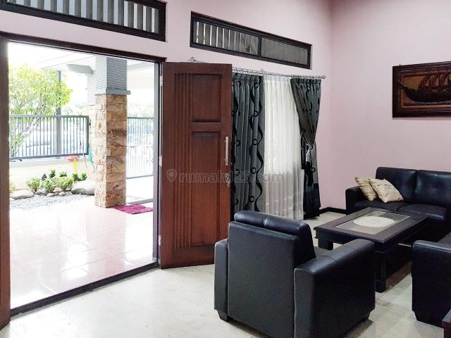 rumah siap huni  dekat smp 22 surabaya, Gayungan, Surabaya