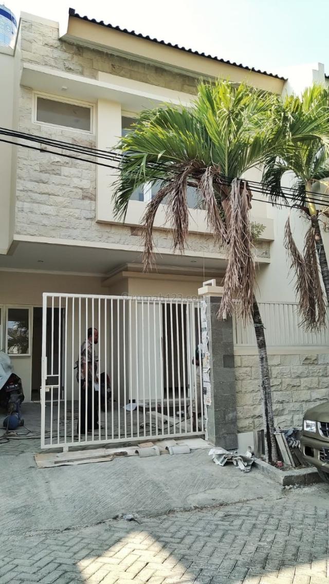 (BLRT) Rumah Baru Gress Manyar, Mulyorejo, Surabaya