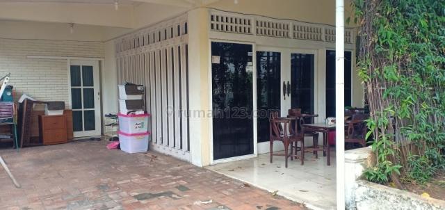 Rumah terawat siap huni asri di Cipete, Cipete, Jakarta Selatan