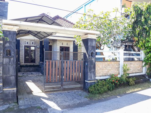 Rumah / Homey and Comfort House in Good Area at Nusa Dua, Bali, Benoa, Badung