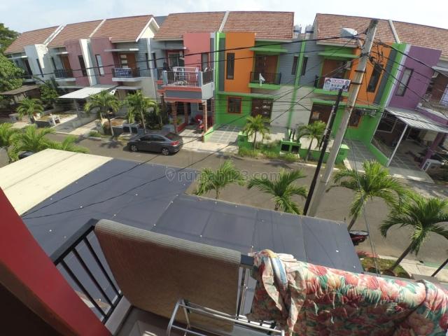 Rumah siap huni 2 lantai di cluster harmony harapan indah bekasi, Bekasi Barat, Bekasi