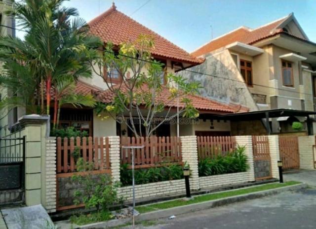Rumah Margorejo Indah, Strategis, Bagus, Ada Carport, Terawat, Wonocolo, Surabaya