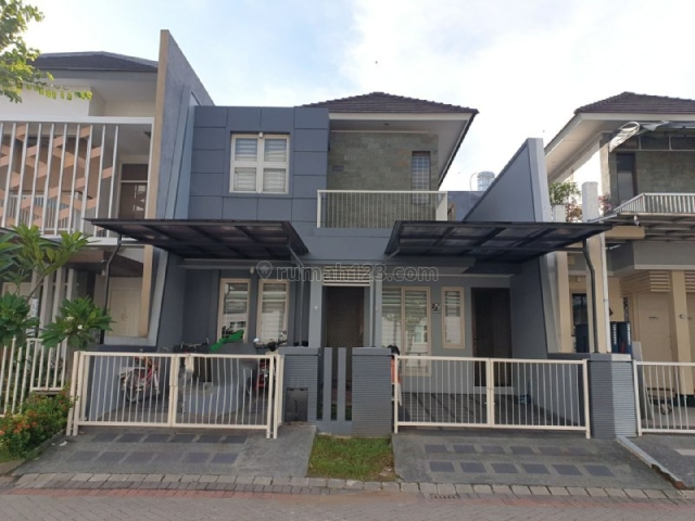 Rumah Pakuwon City Florence MINIMALIS, SIAP HUNI , ROW 3 MOBIL, Mulyorejo, Surabaya