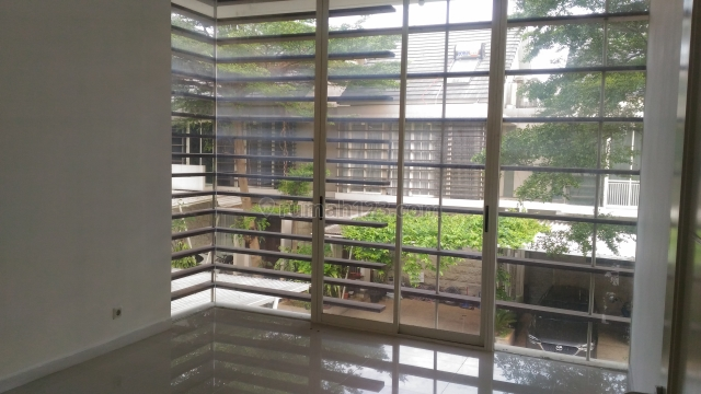 house at compound with security 24 hours, Ragunan, Jakarta Selatan