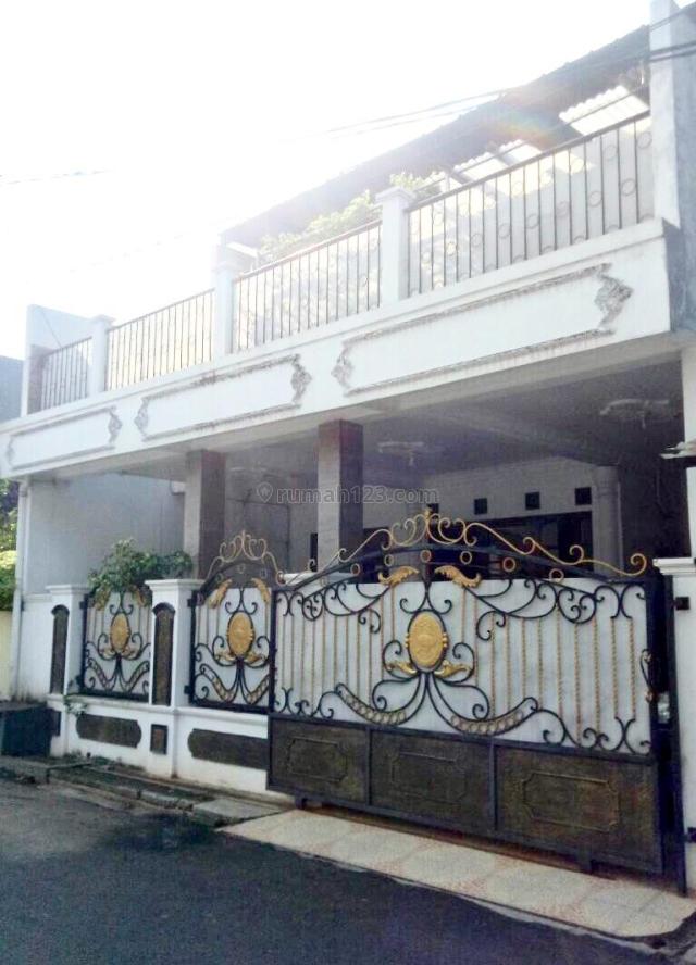 Rumah Cantik, Nyaman dan Siap Huni di Taman Pulo Gebang Jakarta Timur, Cakung, Jakarta Timur