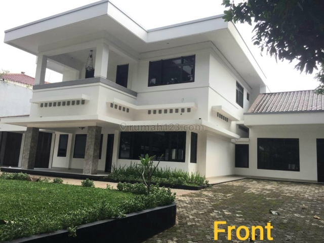 Rumah Menteng 11 bedrooms, Menteng, Jakarta Pusat