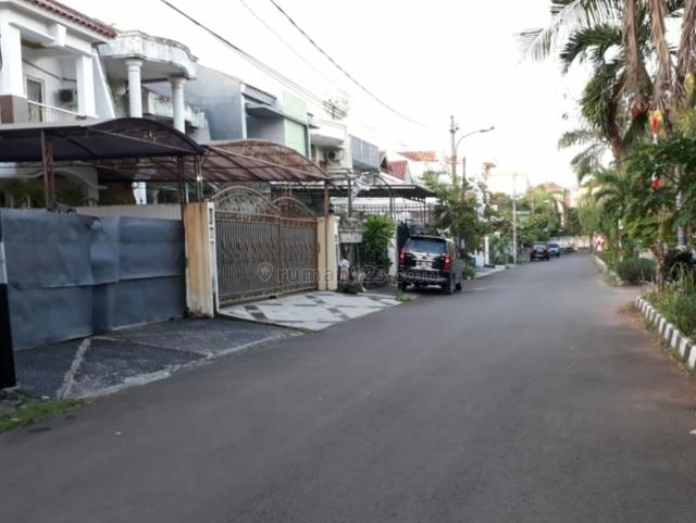 Rumah bagus 2lnt, komplek, jalan lebar 3 mobil, uk 7x24m, harga 3 Milyard, Sunter, Jakarta Utara