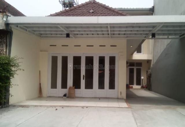 RUMAH  KAWASAN LENGKONG PUSAT KOTA BANDUNG, Lengkong, Bandung