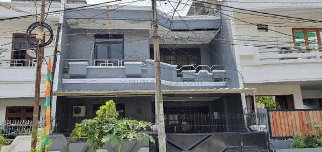 Rumah di Muara Karang, Penjaringan, Jakarta Utara