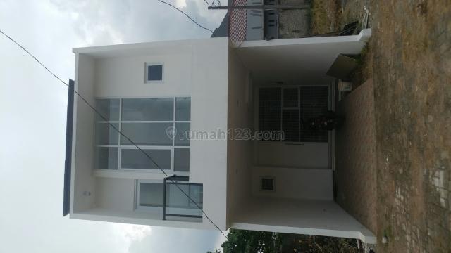 Rumah Modern Minimalis 2 Lantai Jakarta Timur, Kampung Rambutan, Jakarta Timur