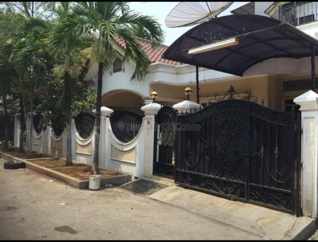 Rumah Pluit Murni Hook, Pluit, Jakarta Utara