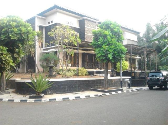 RUMAH TERAWAT DALAM KOMPLEK ELITE, HARGA MENARIK, LOKASI STRATEGIS DEKAT TOL TB SIMATUPANG, TB Simatupang, Jakarta Selatan