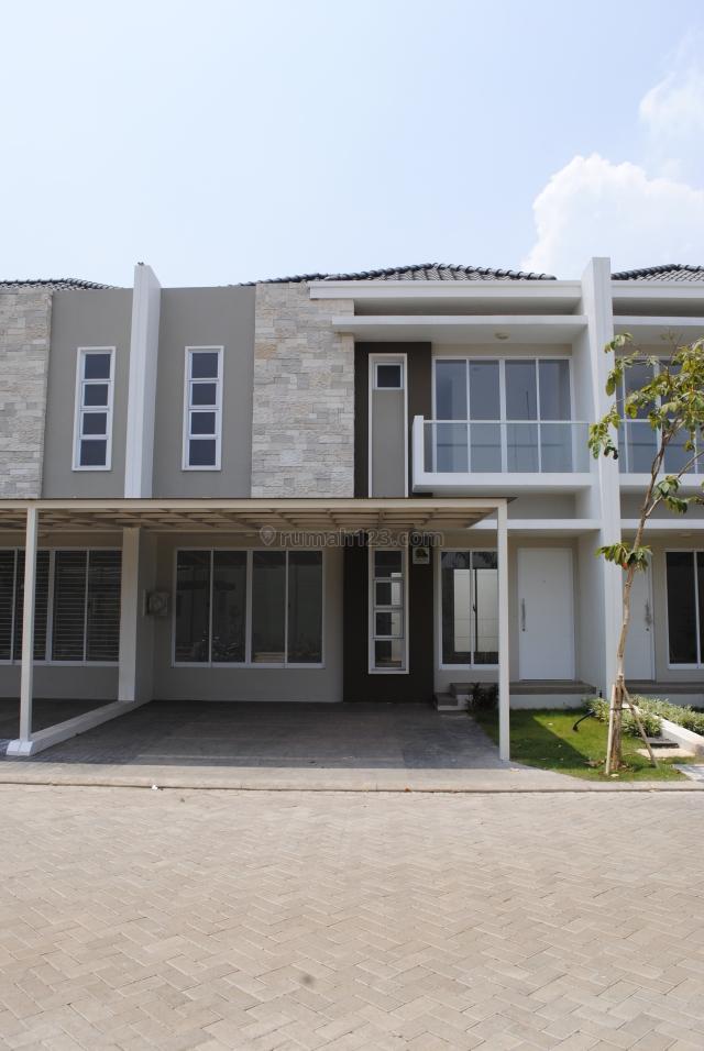 Rumah di Green Lake City , Cluster Australia , Uk. 8x15 m2 , AC 4 , Hrg: 60 jt /thn, Green Lake City, Jakarta Barat