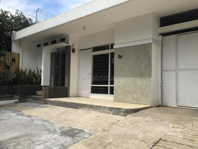 Rumah 1 LT sgt terawat ex kantor sayap Lengkong-Asia Afrika Bandung, Lengkong, Bandung