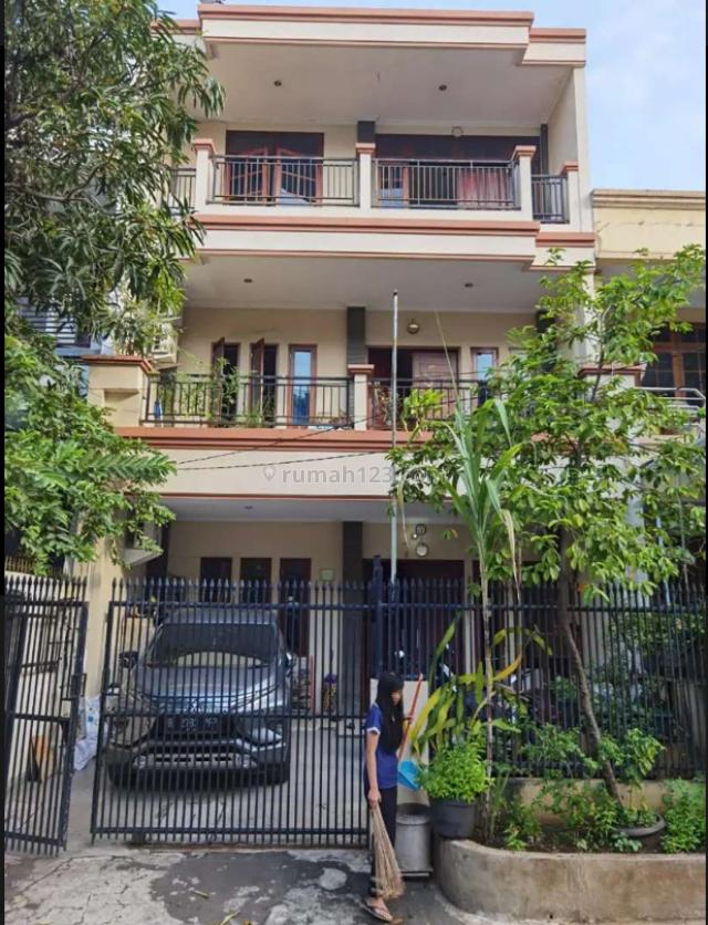 Rumah pluit mas 2 lantai, Penjaringan, Jakarta Utara