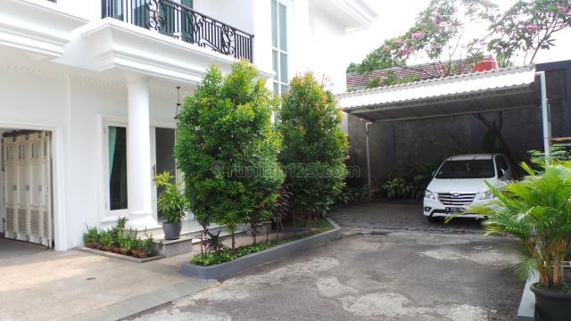NICE HOUSE FOR EXPATRIATE US$2000, Cipete, Jakarta Selatan