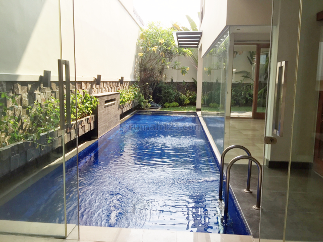 Compound House for lease at Kemang nice and modern house, Kemang, Jakarta Selatan