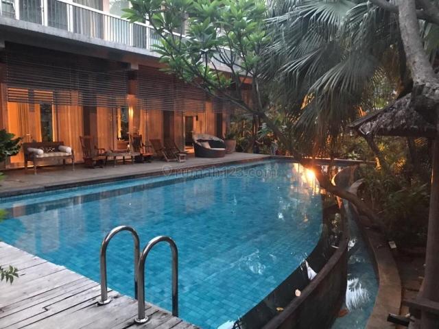 Rumah Mewah Swimming Pool Taman Resort Mediterania Pantai Indah Kapuk Jakarta Utara, Penjaringan, Jakarta Utara