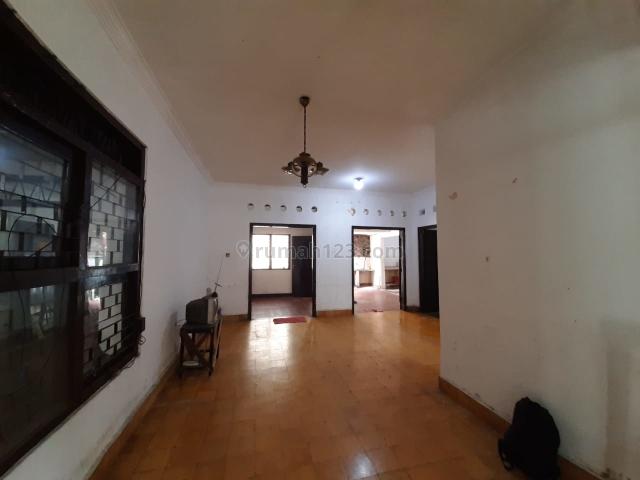 Rumah Strategis di Kebayoran Baru, Jakarta Selatan, Kebayoran Baru, Jakarta Selatan