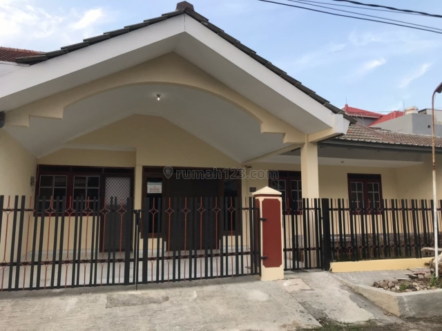 Rumah di Pondok Tjandra, Sidoarjo, Waru, Sidoarjo