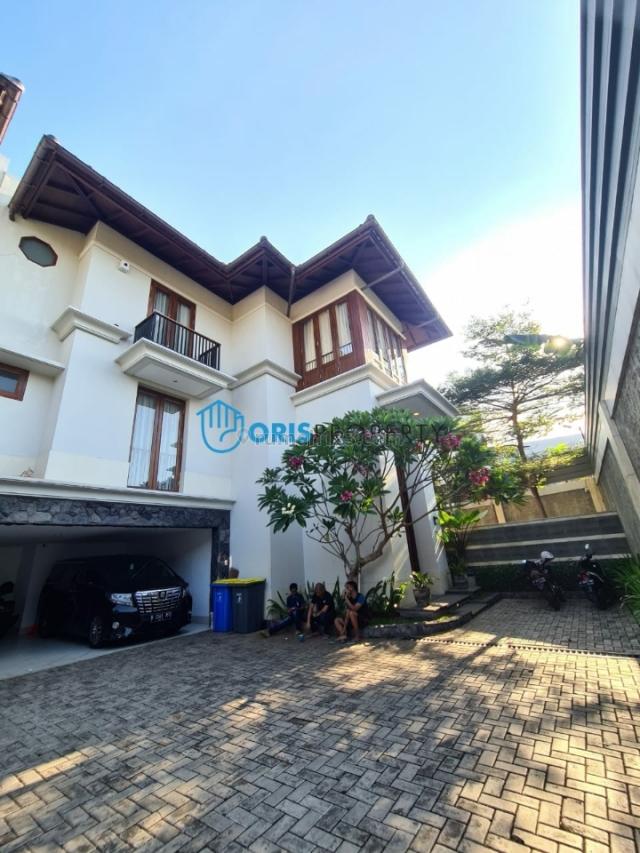 RUMAH DICIPETE-KEMANG ~ LT/LB 392/500 ~ RUMAH BARU ~ BERNUANSA BALI MODERN TROPICAL, Cipete, Jakarta Selatan
